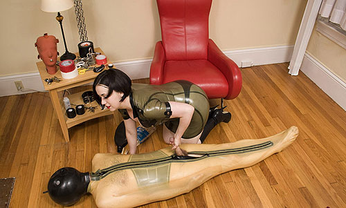 Latex CBT Mistress